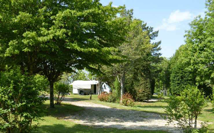 Camping Le rêve - Emplacement Camping Car