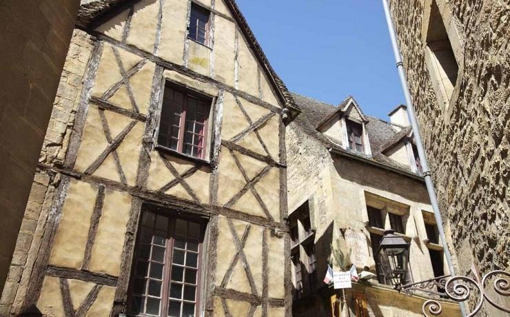Rue de Sarlat © Mathieu Anglada - Office de Tourisme Sarlat Périgord Noir