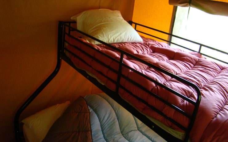 Camping Le Rêve - La seconde chambre avec 3 couchages