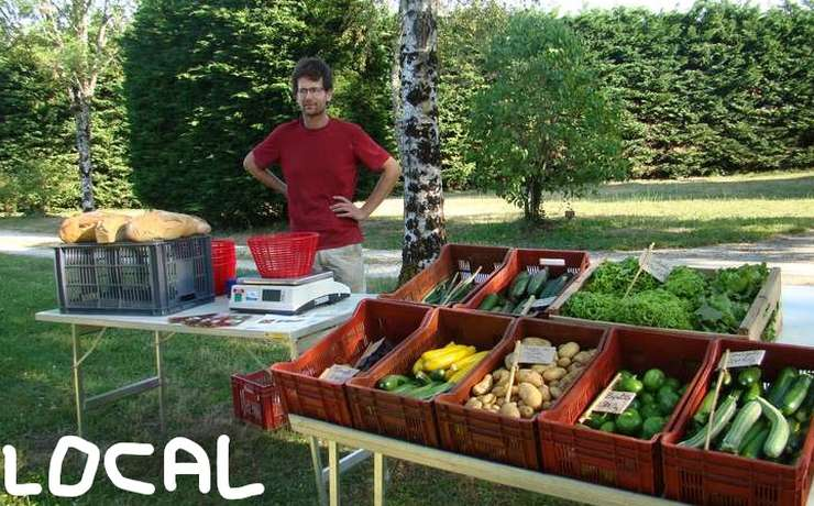Camping Le Reve - Local organic vegetables and breads