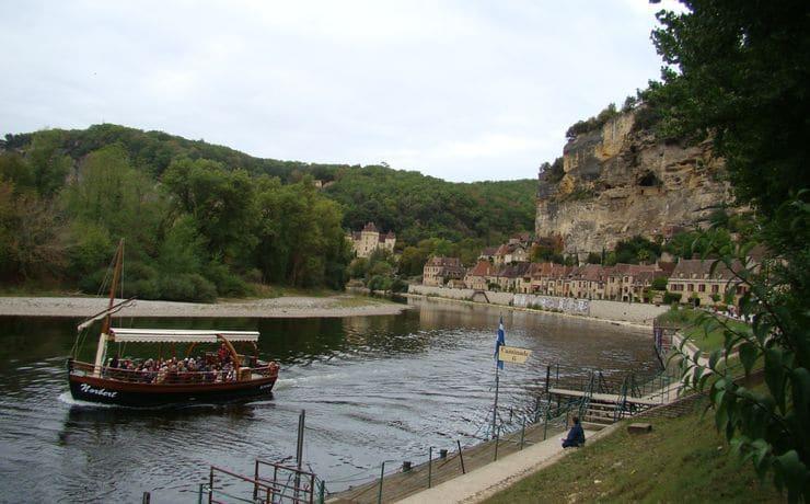 Camping Le Rêve - Gabare aan de rivier de Dordogne