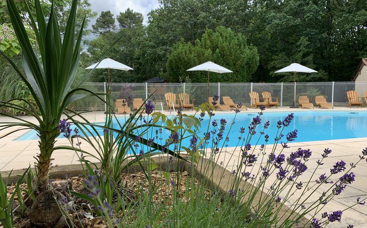 Camping avec piscine chauffée - Le rêve - Fleurs